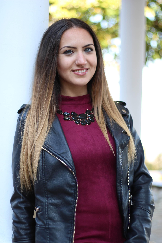 Портретна фотосесия на Надя преди ретуш