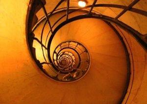 Фотография на стълбище