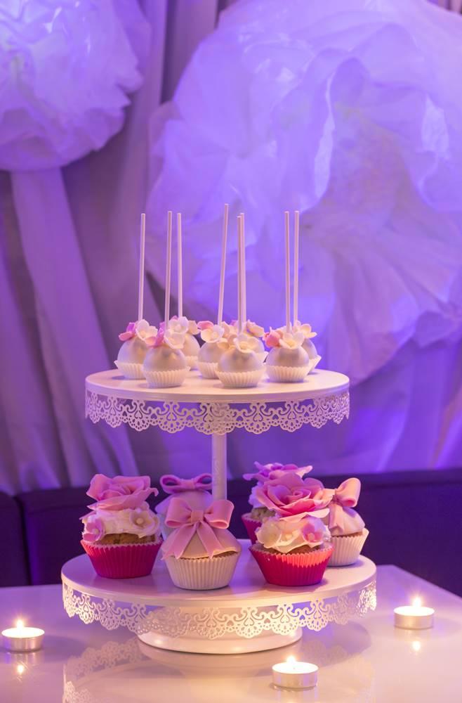 Професионална фотография на десерти за моминско парти