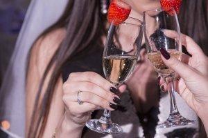 Професионална фотография на детайли от моминското парти