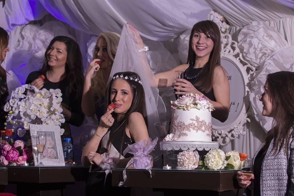Фотозаснемане на моминско парти на Хриси в Пловдив